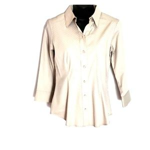 NEW WITHOUT TAGS NY&CO BUTTON DOWN TOP